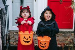 Niñas disfrazadas de halloween